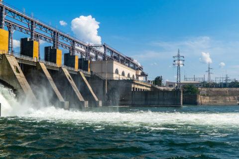 como funciona la energía hidráulica
