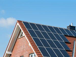 La Junta de Andalucía reabre las solicitudes de ayudas al autoconsumo y otras instalaciones solares
